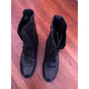 Steve Madden Troppa Boots